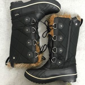 Skechers waterproof hydroguard snow boots